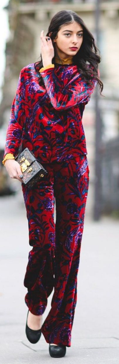 #streetstyle #spring2016 #inspiration | Red And Blue Baroque Print Pant Suit