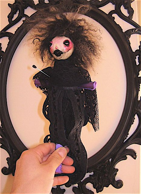 VOODOO DOLL Lily  9 tall ooak with box brings by BAMBOLANERAtarot