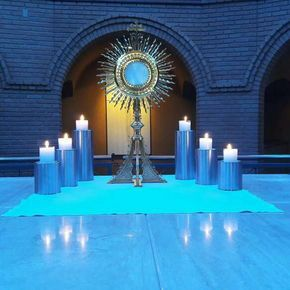 Oración al santísimo sacramento del altar seguro que mi suplica será escuchada