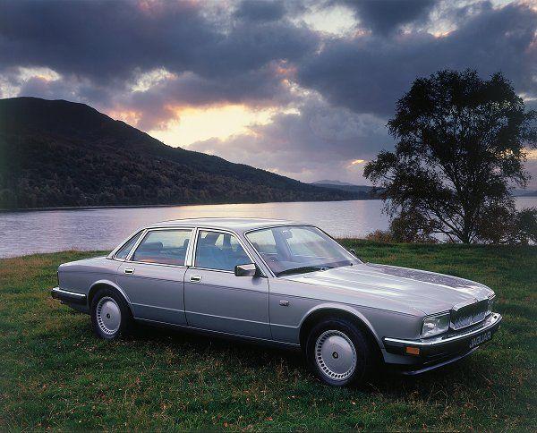 Jaguar Xj40 History Xj6 Auto
