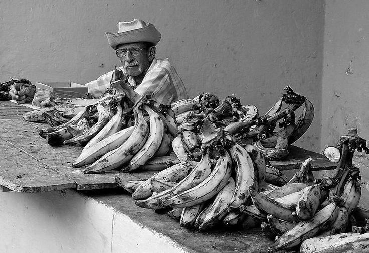 L'uomo che vendeva le banane by Francesco Del Bravo @ http://adoroletuefoto.it