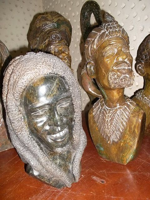 The headman- Sculptures form Zmbabwe by producer groups