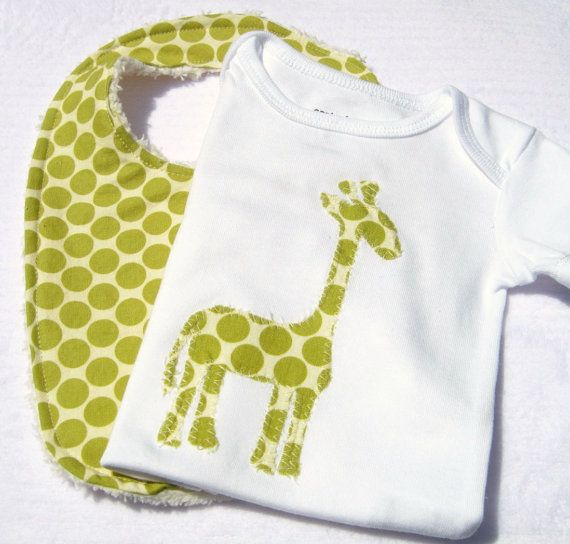 Bib Set Giraffe Bodysuit Onesie Style Green Dots Baby Gift