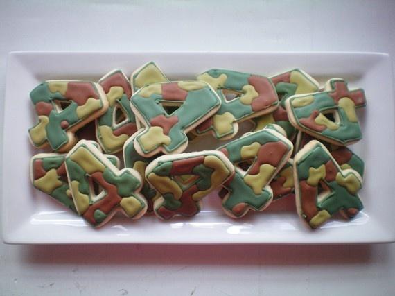 Camoflauge sugar cookies by StephanieJscreations on Etsy, $25.00