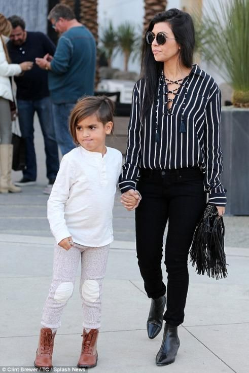 608 best kourtney kardashian images on Pinterest