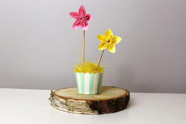 Pierwsza klasa: wiosenne kwiaty z papieru. Kwiat kusudama. Paper flowers DIY. Kusudama flower.