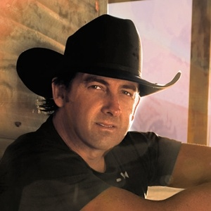 Love, love, love Lee Kernaghan!!!