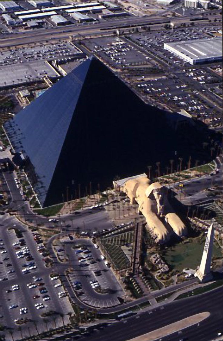 Aerial view of the completed Luxor Hotel.