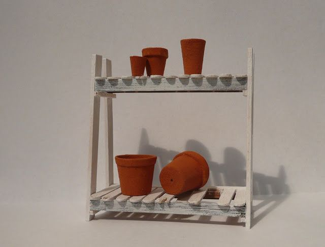 Amber's House: 1:12 Mock Terracotta plant pots and template