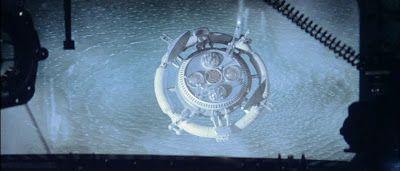 The Lucid Nightmare: REVIEW: Solaris (1972) vs. Solaris (2002)