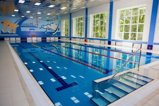 Proiecte case constructii amenajari interioare si for Constructie piscine