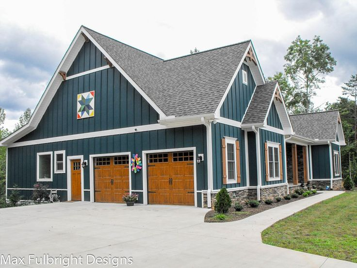 1000 ideas about craftsman farmhouse on pinterest house for Country and farmhouse home plans