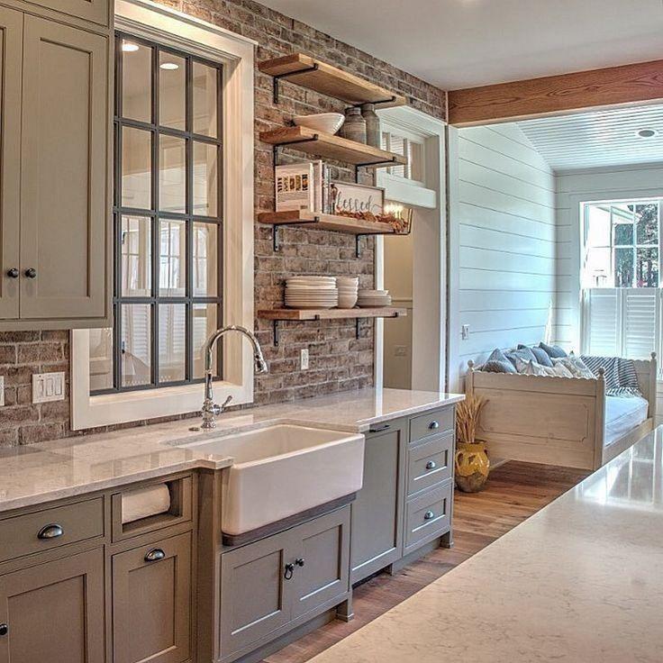 46 Amazing Farmhouse Kitchen Sinks Ideas