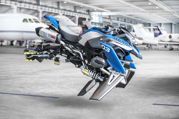 Chez BMW, quand on s'embête et qu'on a cinq minutes à tuer, on sort les Lego Technic pour imaginer des prototypes de véhicules futuristes. Et il arrive parfois que la réalité dépasse la fiction.