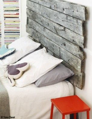 barn board headboard.  I love this idea for a simple headboard, have a pretty good idea for one including shelves built in... stay tuned.