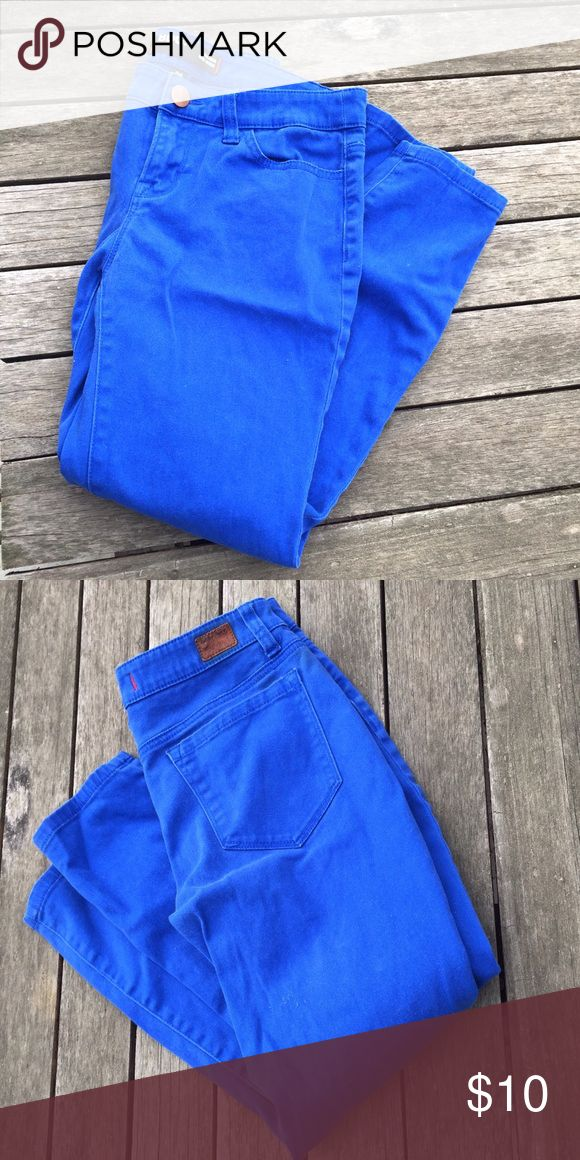 BDG Grazer Mid Rise cobalt jeans - ankle cut Urban Outfitters BDG Grazer Mid Rise blue colored jeans, ankle cut, pre-loved, I'm a huge fan of BDG, inseam approx 24 inches, front rise approx 8 inches Urban Outfitters Jeans Ankle & Cropped
