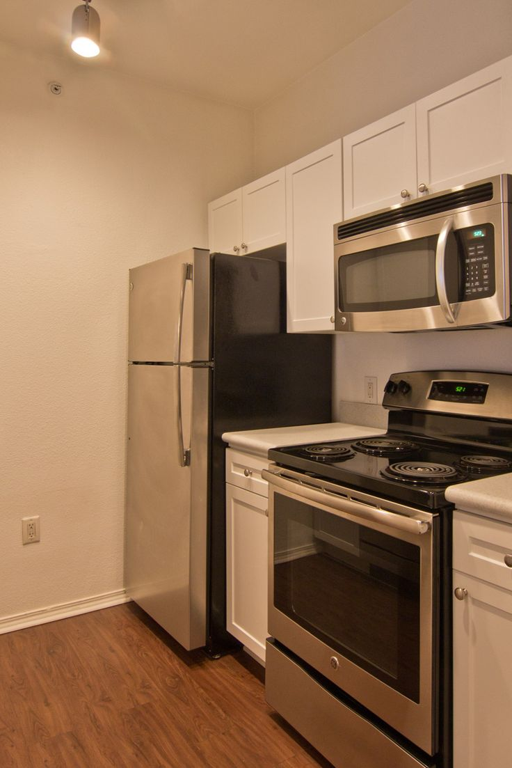 Metro Midtowns Phase II Apartments Are Just Stunning! Come By And Rent One  Today!
