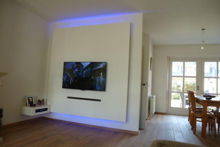 25 beste idee n over tv muren op pinterest tv eenheden tv kamer decoraties en plaatsing van - Hoe een kleine studio te ontwikkelen ...