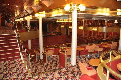 Salão de Espetáculos Broadway - navio Sovereign