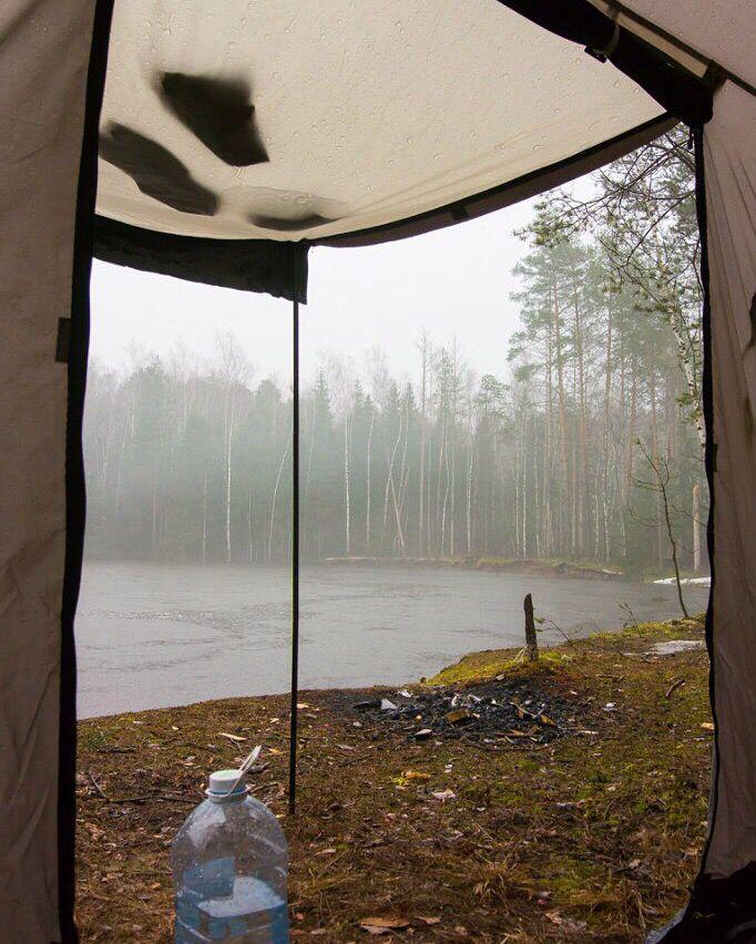 Вид из палатки. Сплавляемся в Марий Эл по Юшуту. Апрель 2016.