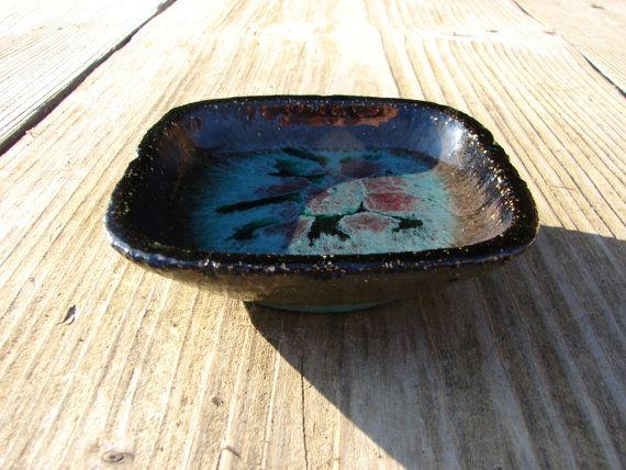 Small Swedish fat lava dish £14