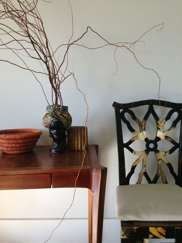 Eclectic arrangement, Chinese Chippendale tortoise shell chair