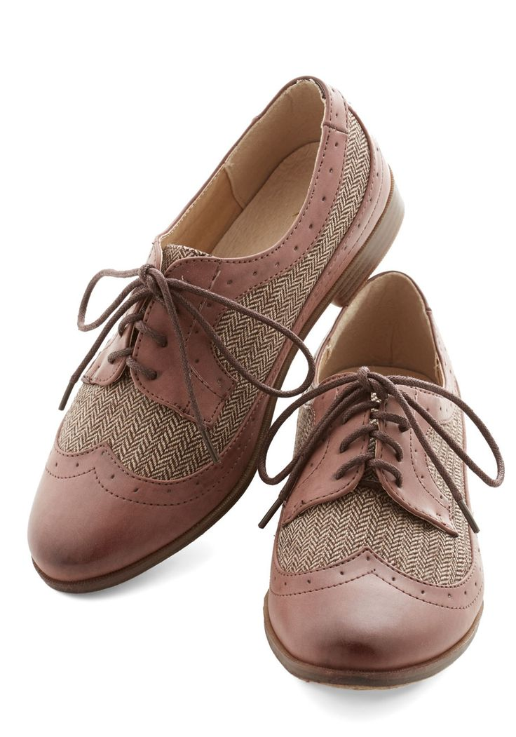 Career as Day Flat. Strut right into your new workplace rarin to go with your greatest ideas in these herringbone wingtips. #brown #modcloth