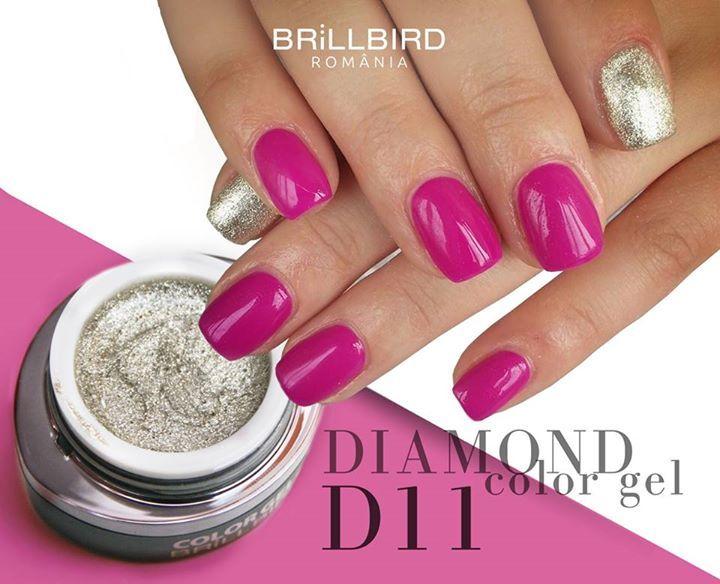 Favoritul clientelor - unghii cu stralucire de diamant