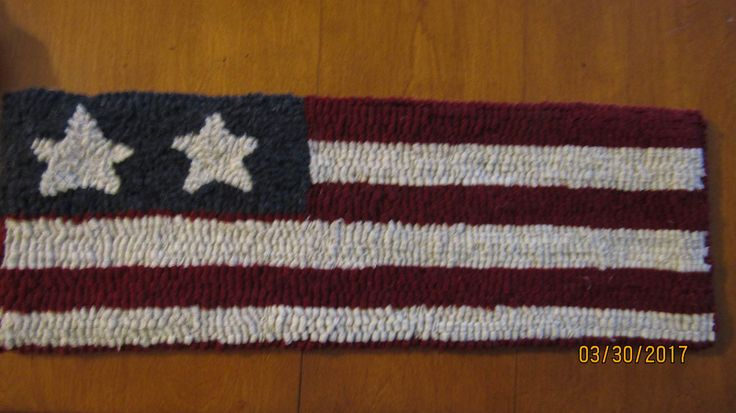 "Primitive Hooked Rug ~ ""Patriotic American  Flag"" Table Runner, Folk Art by TheCrazyWoolLady on Etsy"