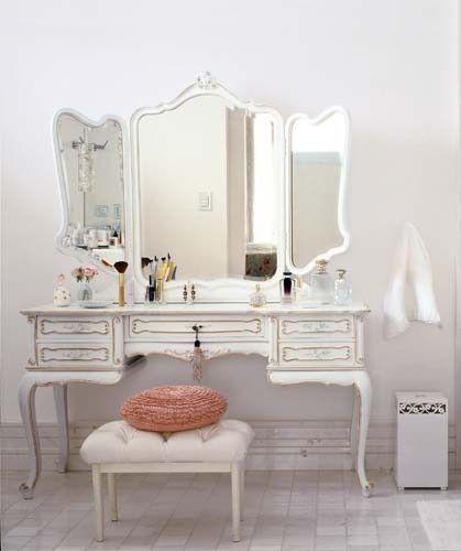 makeup station for bedroom - Google Search - 62 Best Makeup Battlestation Images On Pinterest