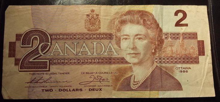 1986 Canada $2 Dollar Banknote Red Queen Elizabeth ii Cash Money Paper no rips