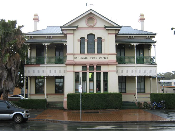 Sandgate Post Office.  We have lived in Sandgate.  Great little suburb.