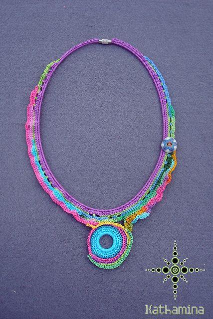 [Necklace] Freeform crochet