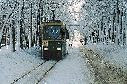 Nelonen Munkkiniemen puistotiellä 1999