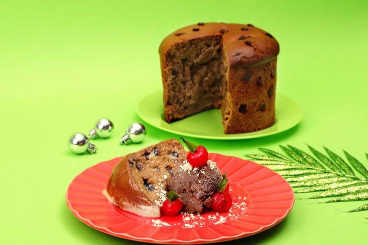 Panetón con salsa inglesa.  #blank #strongertogether #cake #birthdaycake #cakelove #christmas #christmascake #nakedcake #rusticcake #weddingcake #rusticwedding #cakeinspiration #cakestagram #cakesofinstagram #celebrationcake #cakeoftheday #cakegram #cakedesign #instackes #feedfeed #lovefood #f52grams #sweettooth #beautifulcuisines #homebaker #thebakefeed #thecakeblog #cakecouture #baking #chocolatecake