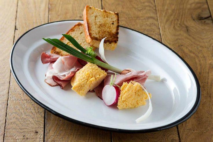 Baltazár http://baltazarbudapest.com/ | Baltazár sonka. szirik, tavaszi zöldségek #budapest #design #restaurant #food