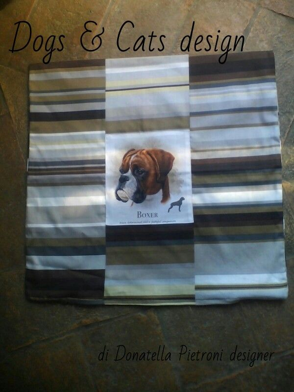 1413 - Cuscino a righe con cane. Pezzo unico. Dogs & Cats design di Donatella Pietroni designer