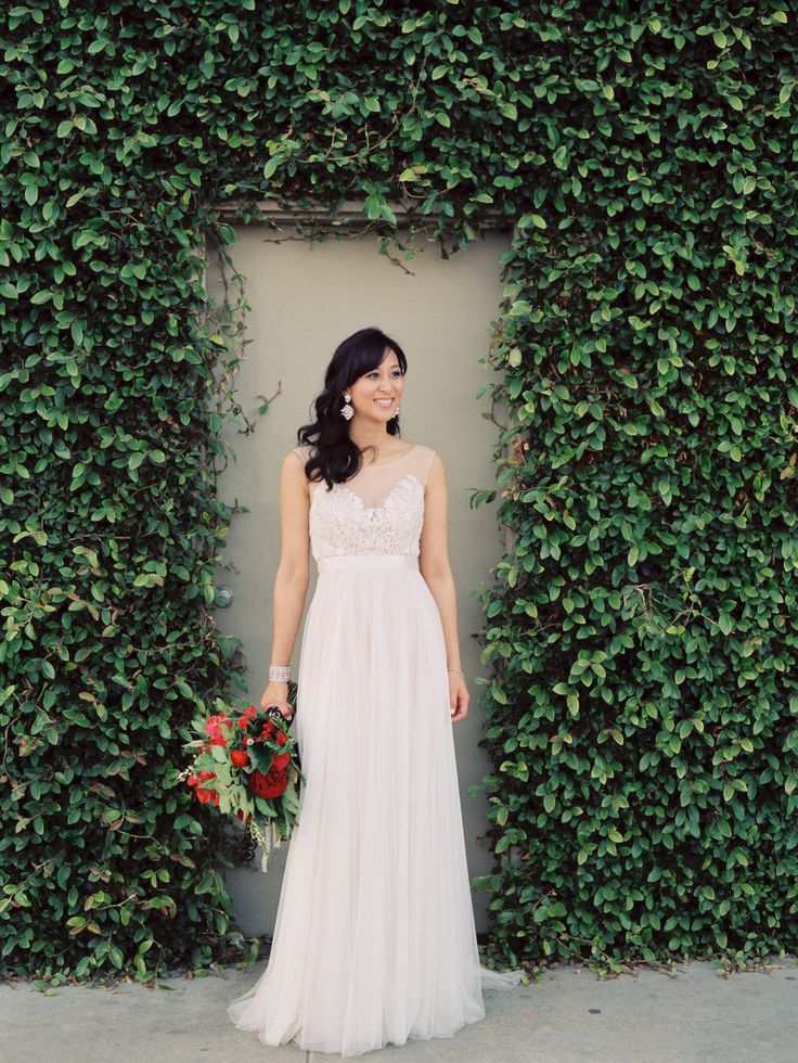 Whimsical downtown los angeles wedding museums close up for Downtown los angeles wedding dresses