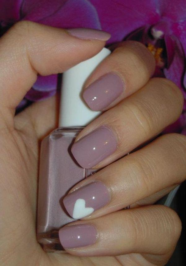 nageldesign zartes rosa altrosa herz muster