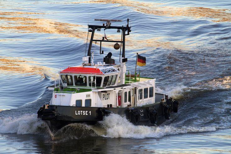 Der Hafenlotse von Hamburg von CapKoe