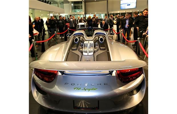 The ultimate #supercar Video: $1 million #Porsche 918 Spyder - Maybe the fastest car ever