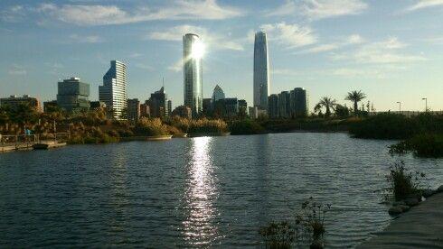 Lake at parque Bicentenario