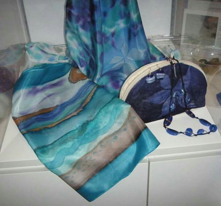 Handmade handpainted silk scarf by il giardino dell'acero rosso