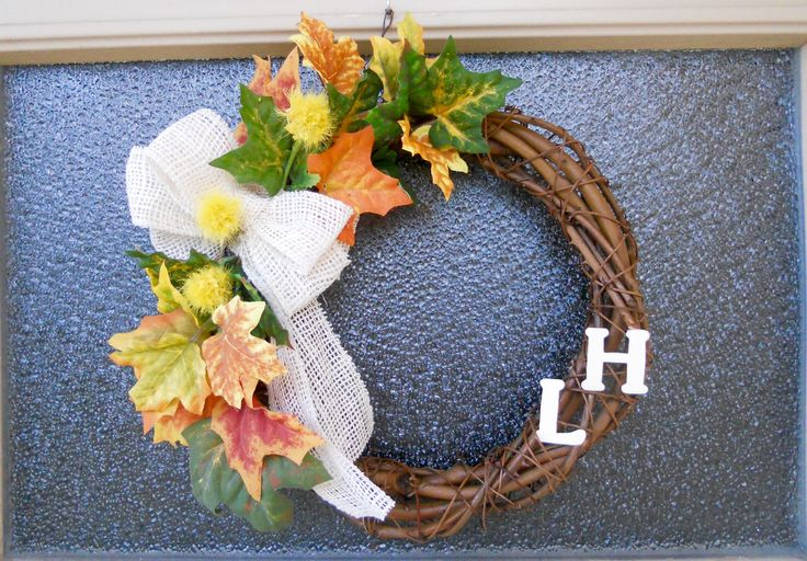 Ulko-oveni syyskranssi - Entrance door autumn wreath