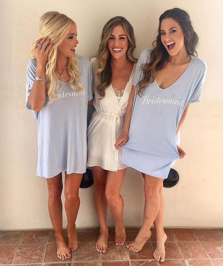 Awesome 50+ Elegant Bridesmaid Dresses Ideas https://weddmagz.com/50-elegant-bridesmaid-dresses-ideas/