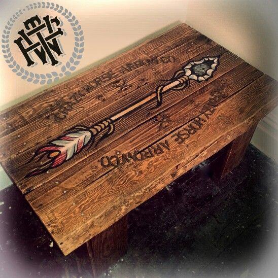 'Crazy Horse Arrow Co' Lol. Made from old pallets #killingtime #table #pallets #arrow #crazyhorse #handmade #handpainted