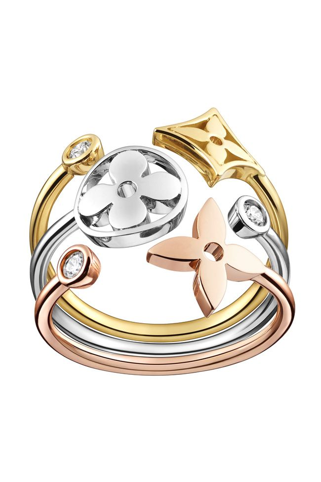 Louis Vuitton ring. Not a fan of rings but this. <3