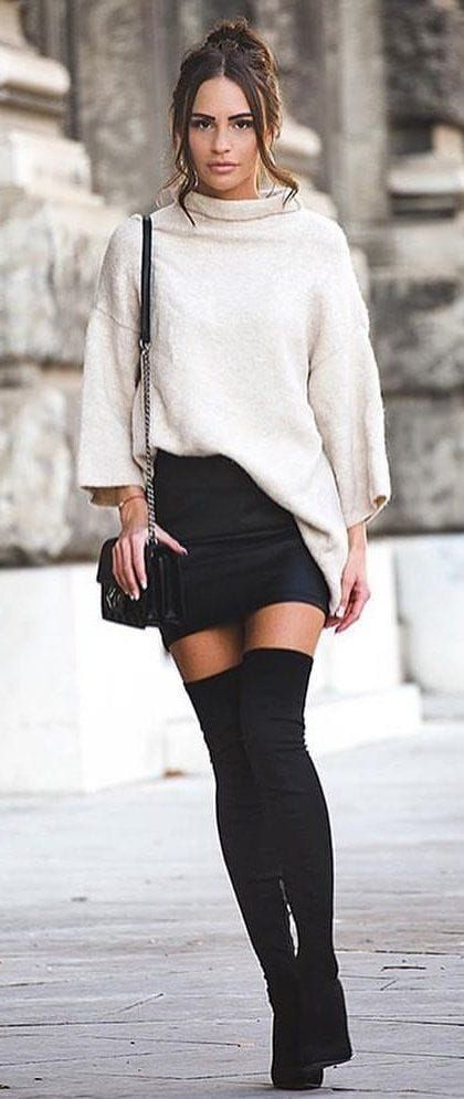 45 Lovely Winter Outfits To Own This Moment