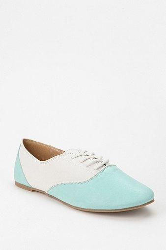 Mint + White Oxfords