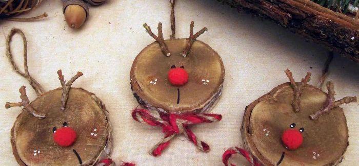 Kézzel készített karácsonyfadísz – íme egy rénszarvasos